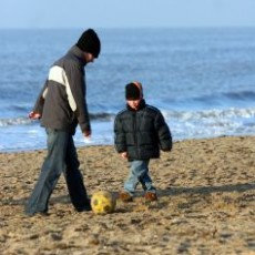 joaca-dintre-parinti-si-copii